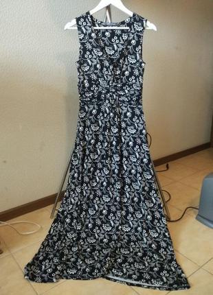 Красивое длинное платье, вискоза