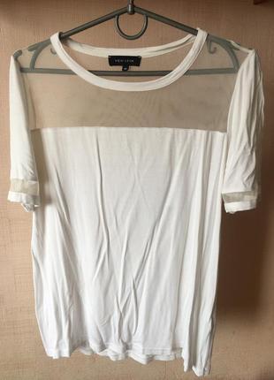 Модная футболка new look