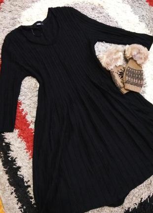 В'язана сукня ,базовое чорное платье