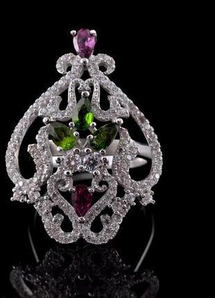 Красивое серебряное кольцо с натуральными родолит гранатами и диопсидами