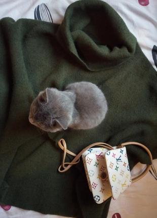 Уютный свитер. ангора