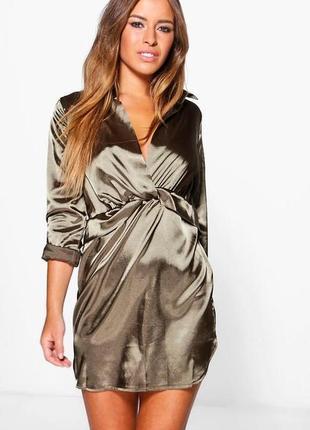 Короткое атласное платье boohoo хаки, р.xxs-xs
