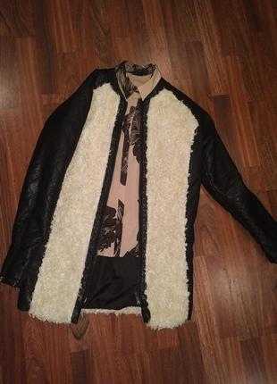 Пальто с модными вставками