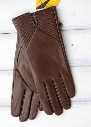 Женские кожаные перчатки коричневые