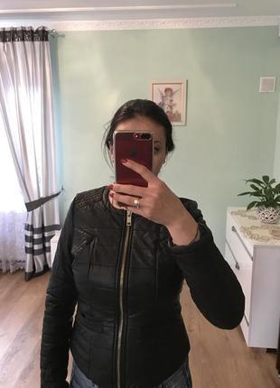 Куртка з еко шкіра1 фото