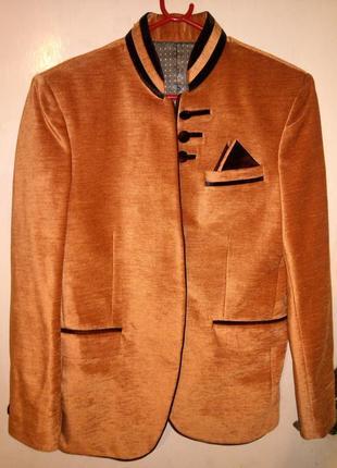 Роскошный,дизайнерский,велюровый пиджак-жакет, с карманами,astonia и 90% одежды батал