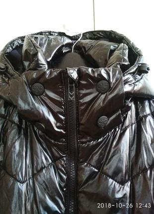 Дутая курточка. hummel