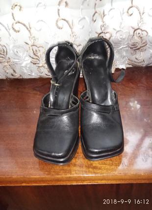 Туфли на танкетке(платформе)