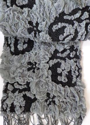 Изящный женский шарф