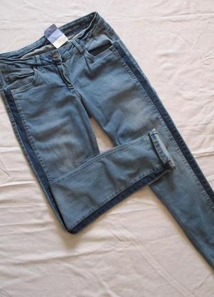 Ультрамодные новые джинсы skinny дорогого бренда blue motion с лампасами