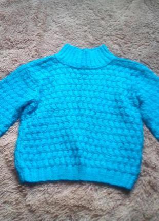Вязанньій свитерок