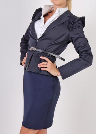 Деловой синий костюм - пиджак s атлас + эластан юбка фактурная