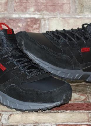 Зимние высокие кожаные кроссовки мужские ботинки утепленные плотным флисом 41-46 рр
