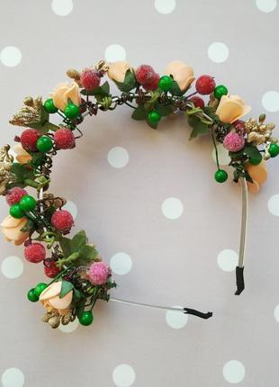 Обруч венок ободок с цветами и ягодами