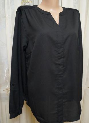 Чёрная рубашка с кружевом