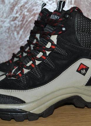 Треккинговые кожаные ботинки mounty outdoor