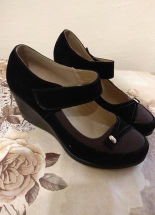 Красивые туфли ботинки балетки тонкетка  платформа замша