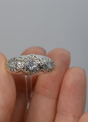 Серебряное кольцо,широкое, квадратный камень 21р-р