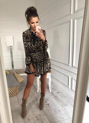 Шифоновое платье в принт леопард