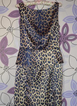 Леопардовое платье с баской 42-44р