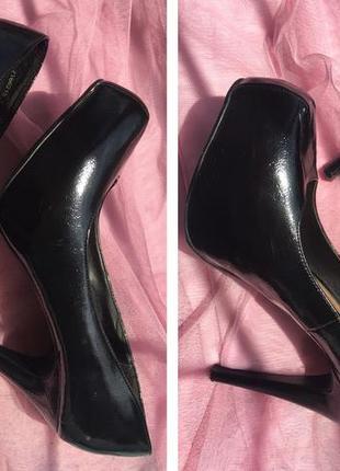 Черные лаковые туфли2 фото