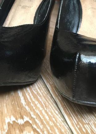 Черные лаковые туфли3 фото