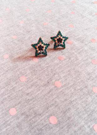 Романтичные сережки-гвоздики от accessorize