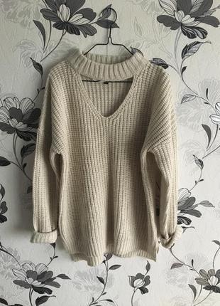 Мягчайший свитерок с чокером