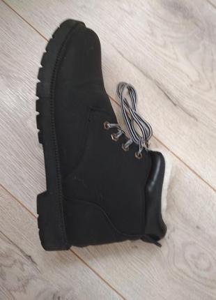Ботинки на меху в стиле timberland