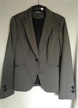 Великолепный новый деловой пиджак жакет casual  из отличной ткани