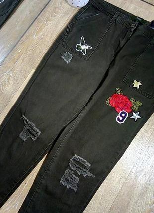Хаки с нашивками, джинсы, брюки с нашивками