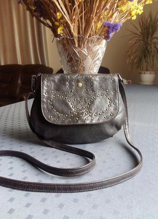 Темно коричневая сумка кроссбоди фирмы graceland