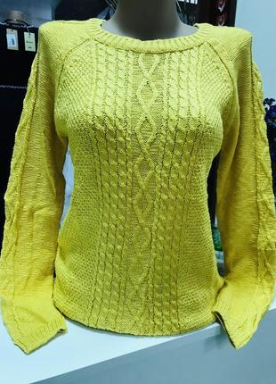 Красивый хлопковый свитер размер 44-46