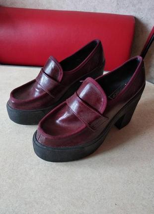 Туфли лаковые topshop , р. 38, по стельке 24 см.
