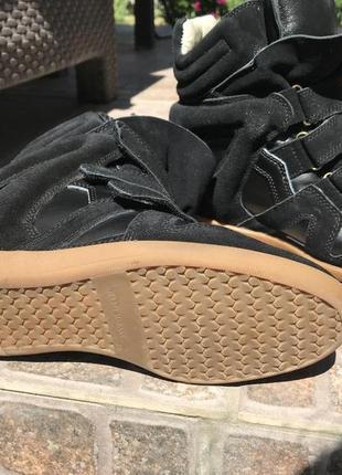 Сникерсы черные