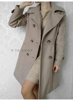 Новое пальто весна бежевое классическое размер  m