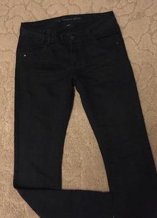 Отличные модные женские джинсы черные р m(38)