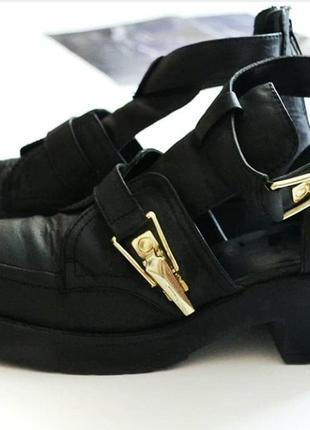 Модные ботинки river island