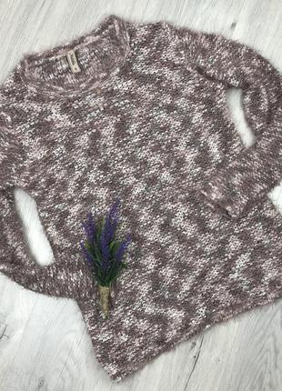 Мягкий свитер ))