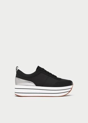 Новые фирменные кроссовки на платформе  р.36,37,38,39,40