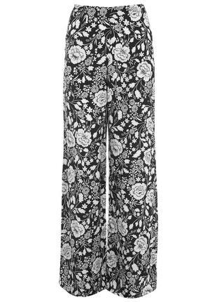 Брюки штаны в цветочный принт монохром цветы miss selfridge на молнии сзади