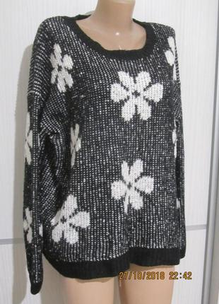 Стильным пышечкам сюда! черно-белый джемпер в цветах от new look,uk-18