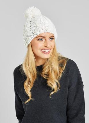 Белая шапка с помпоном балабон вязаная косички zakti зима