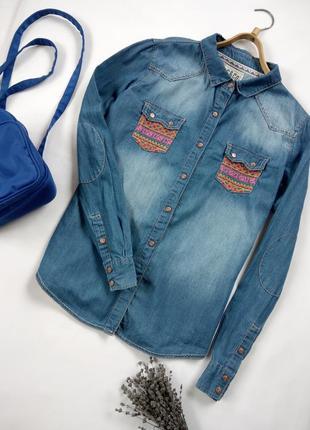 Стильная джинсовая рубашка с вышивкой , с красивой спиной от soulcal&co