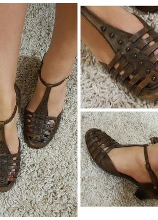Открытые туфли, босоножки janet d, р. 37