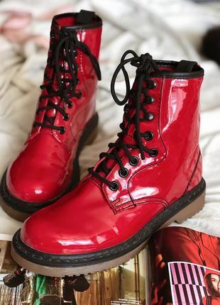 Ботинки боты лаковые