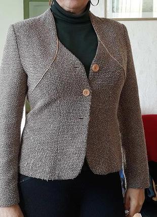 Приталенный пиджак под прюки