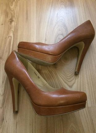 Туфли женские reserved 38р
