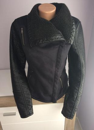 Фирменная куртка косуха, дубленка