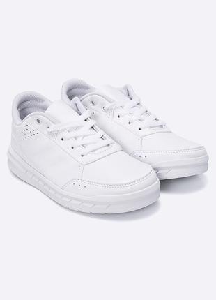 Белые кросовки adidas performance, оригинал. новые женкие кроссовки
